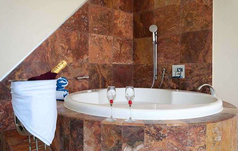 Hoteles-boutique-de-mexico-Todo-lo-que-debes-saber-acerca-de-los-Jacuzzis-artisan