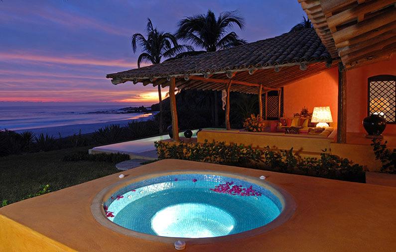 Hoteles-boutique-de-mexico-Todo-lo-que-debes-saber-acerca-de-los-Jacuzzis-las-alamandas-costalegre