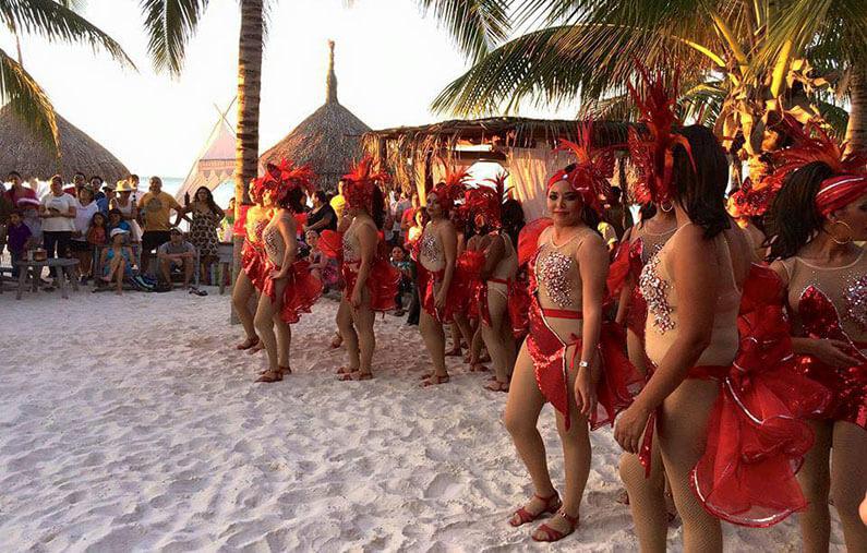 Hoteles-boutique-de-mexico-llegaron-los-carnavales-a-mexico-isla-holbox