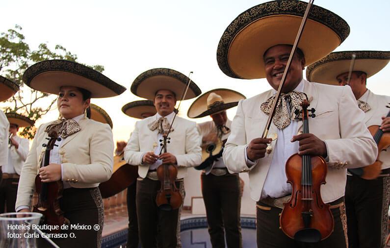 hoteles-boutique-en-mexico-el-marichi-mas-que-solo-una-tradicion.