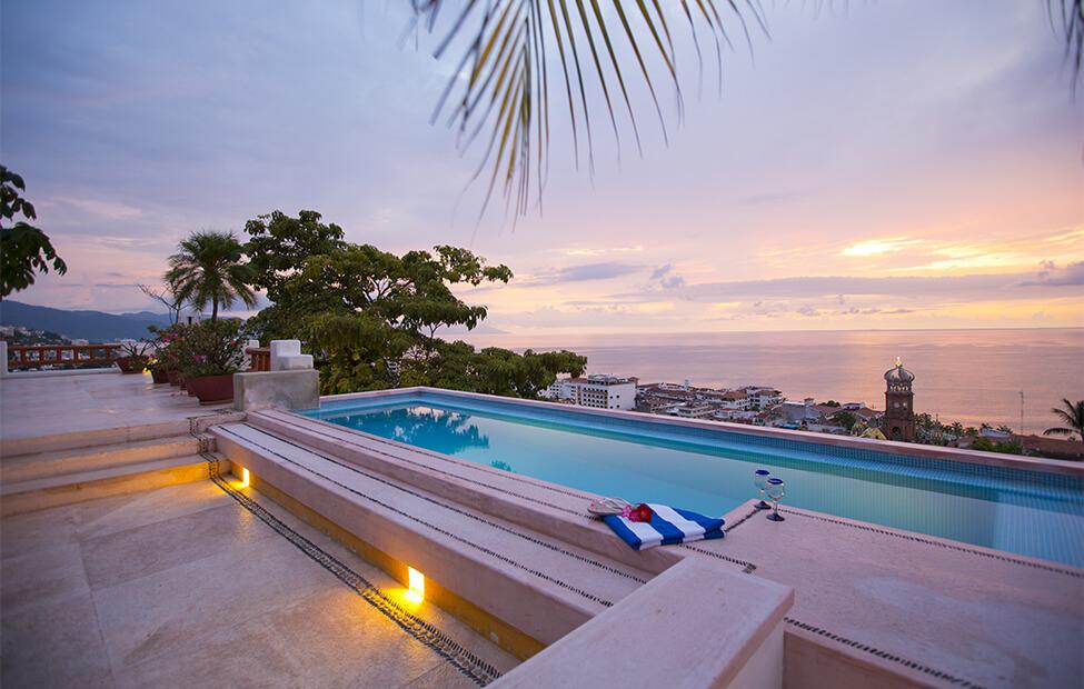 Hoteles-boutique-en-mexico-hoteles-hot-calefaccion-en-las-albercas-de-los-hoteles-boutique-de-mexico-luna-liquida