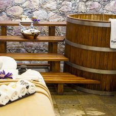 Real beer baths, the latest from Casa Diamante