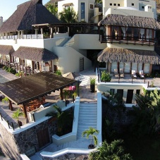 Comfort and luxury in the Villas or Micro Resorts