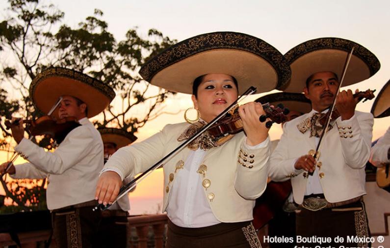 Fashionable Jalisco