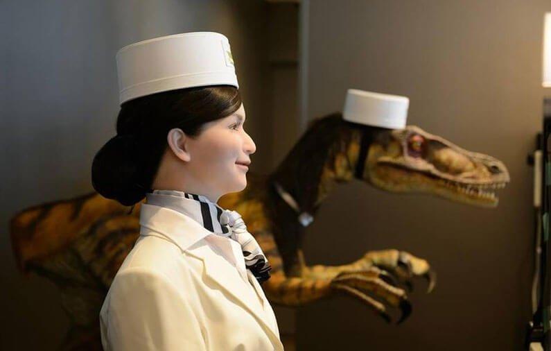 HOTELES ROBOT. La tecnología versus el hombre.