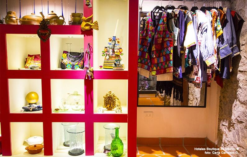 """Let's go shopping! Discover """"Santo Tesoro"""""""