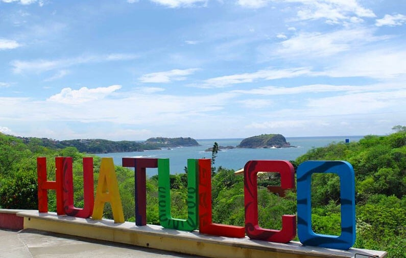 Huatulco: The Essentials
