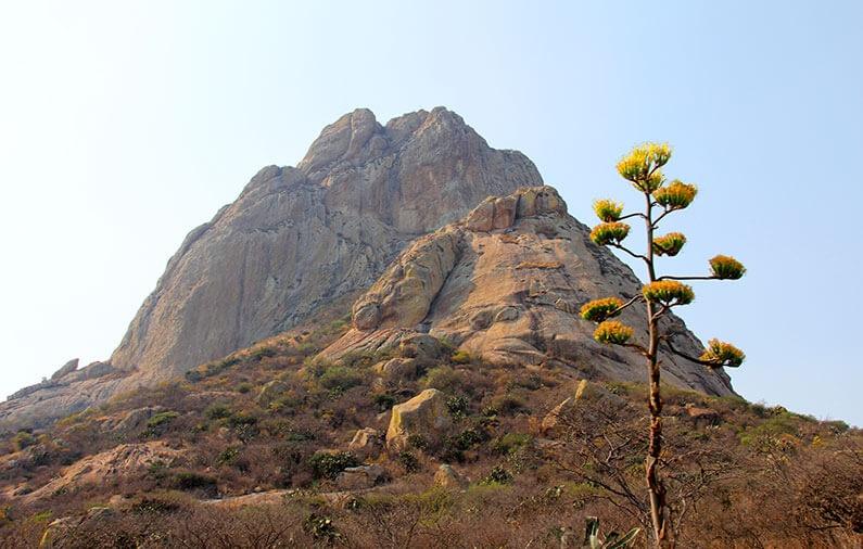 ¡El tercer monolito más grande del mundo está en México!