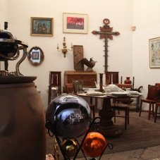 La Casa del Atrio: Art and Lodging