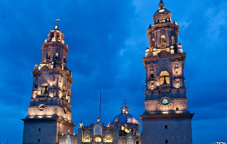Touring Morelia's historic center